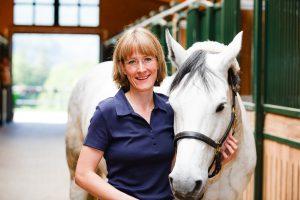 Dr Anne Becher Entwurmung Pferd
